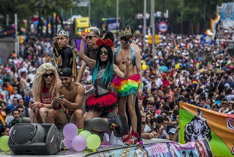¿Qué servicios ofrecen en la actualidad los travestis de Barcelona?